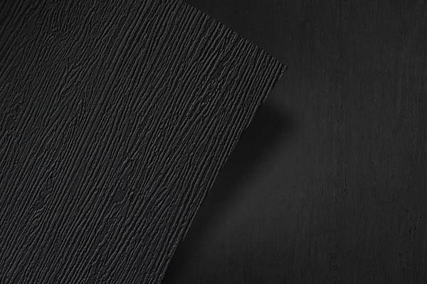schwarzes Holz